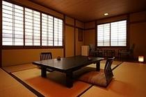 ■10畳+広緑付和室