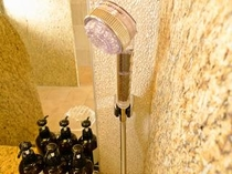女性大浴場シャワーヘッド