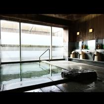 自慢の広々浴場です!