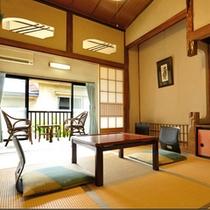 *客室一例 明るい広縁付きのお部屋です。