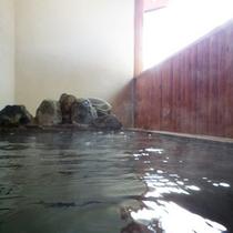 *【半露天風呂】季節の風を感じながら、肌に優しいトロトロのお湯を満喫!