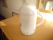 【ポット】客室にございます。湯沸し、保温可能です☆