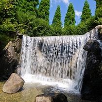 淡路ふれあい公園の滝