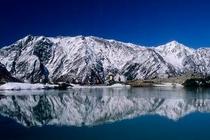 冬の八方池