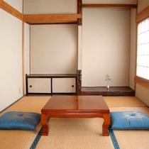*リニューアル和室8畳/2013年新築の快適な禁煙和室。静かにお過ごしいただけます。