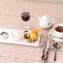 *【ご朝食一例】デザートとお好きなお飲み物をどうぞ。