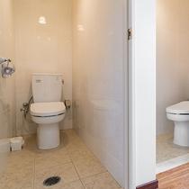 *【部屋/マルセイユ】トイレはお部屋に2箇所ございます。