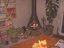 食堂にある暖炉