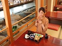 レストラン熊野川③
