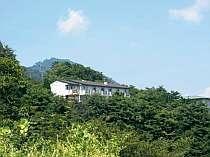 強羅温泉の最高峰に立つ小さな湯宿