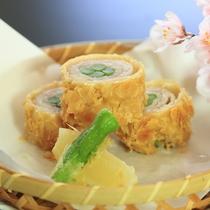 *【2017年春】3~4月Bコース/豚肉とアスパラのアーモンド揚げ