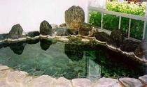 別館の岩風呂