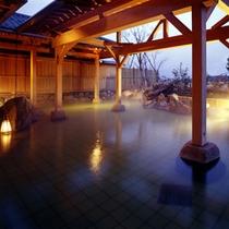 華鳳大浴場 大岩露天風呂