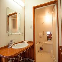 *和室8畳/洗面台-バスルーム