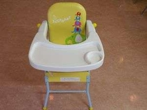 幼児用に椅子を完備