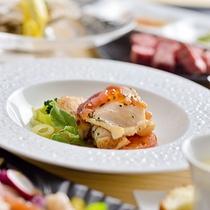 【ご夕食一例】〜食材王国白老の海の幸・山の幸をふんだんに使ったこだわりのお料理をお楽しみいただけます