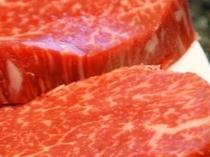 新鮮な食材(仔牛フィレ肉)