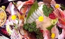 2海の幸満載のお料理♪