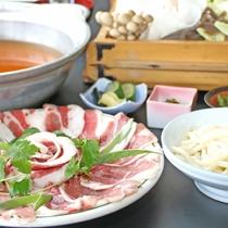 柔らか肉と味噌、野菜の旨味のハーモニー♪