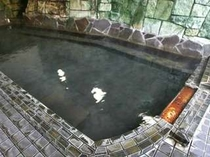 【男内風呂】夜源泉かけ流しでの良質の湯で身も心もリフレッシュ☆彡
