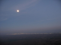 樽前山から見た苫小牧市