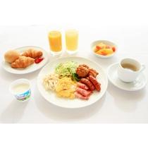 朝食バイキング。洋食メインにしたイメージです。