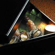 ◆【海鮮膳】の目玉料理!何が飛び出るか?「奇跡の玉手箱」