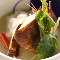 【秋御膳】料理一例松茸と鱧