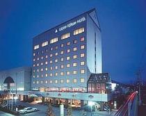 ホテル 全景 夜