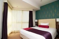 【スタンダードダブル】スタンダードダブルのベッド幅は140センチのダブルベッドを採用しました