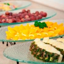 【朝食】フレッシュなパイナップルで夏バテ知らず!