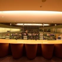 本館13階バー「アモーレ」
