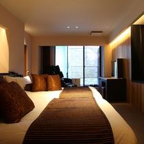 【みずばしょう】箱根の静かなの夜、深い眠りに包まれるゆとりのベッドルーム
