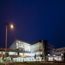 夜の国際線ターミナルビル