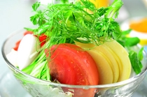 旬のサラダ一例