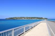 橋から眺める古宇利島