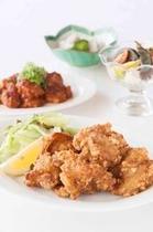 夕食 鶏唐揚げ 海老チリIMG・_D7N8945