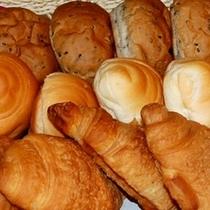 【スカイバンケット】パンも数種類ご用意しております
