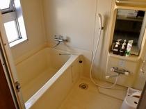 2階共用浴室