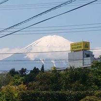 ホテルと富士山