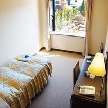 広々洋室一人部屋