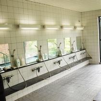 洗い場側 ボディーソープ、リンスインシャンプー付