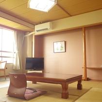 *【客室例】畳のお部屋でのんびり♪足を伸ばしてお寛ぎ下さい。