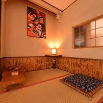 *休憩処(2F)/お風呂上りの休憩などにゆっくり将棋を嗜む時間をどうぞ。