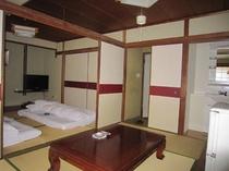 206号室(喫煙/和室の2間ご家族にお勧め)