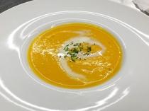 地元野菜のスープ