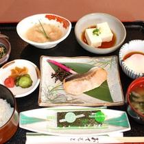 *【ご朝食】和定食をお食事会場にてご用意致します
