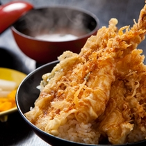 【御食事処とよ常】特上天丼750円