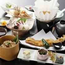 【お食事処 とよ常】コースも御座います。四季御膳3240円