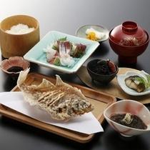 【お食事処 とよ常】刺身定食1200円